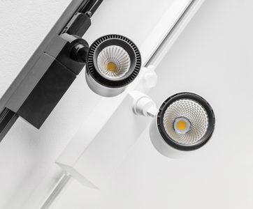 Szynoprzewody z reflektorami LED