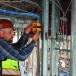 poziomnica laserowa dla elektryków